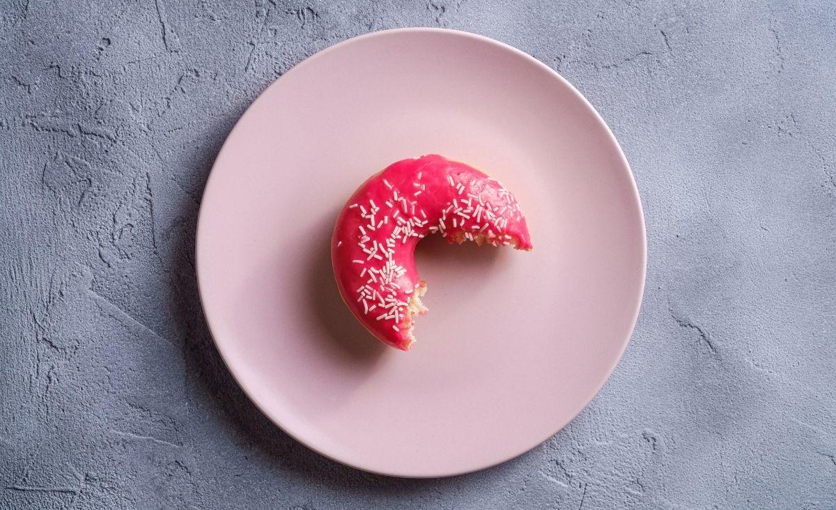 Kompulsywne objadanie się - choroba, która atakuje ciało, myśli i emocje