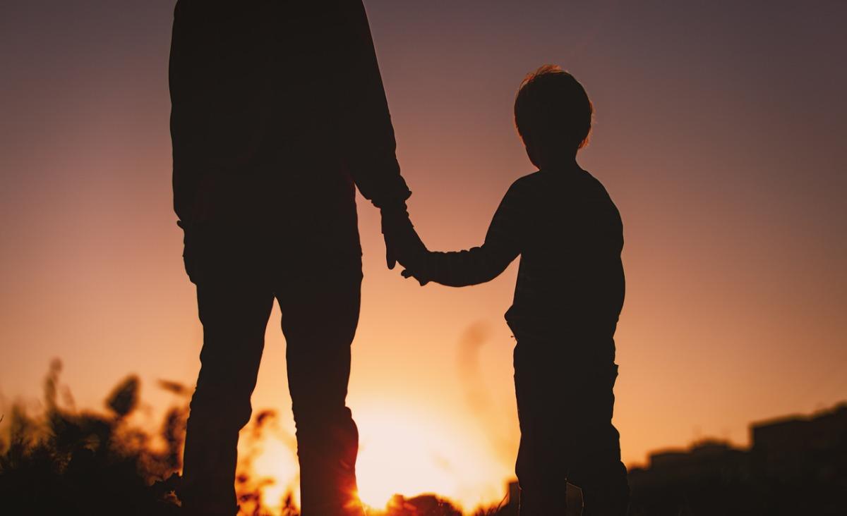 Niedojrzali emocjonalnie rodzice - jak uwolnić się od ich wpływu?