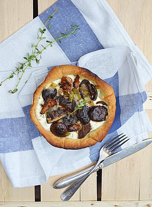 Kuchennymi drzwiami: Jesienna tarta z grzybami leśnymi i mascarpone