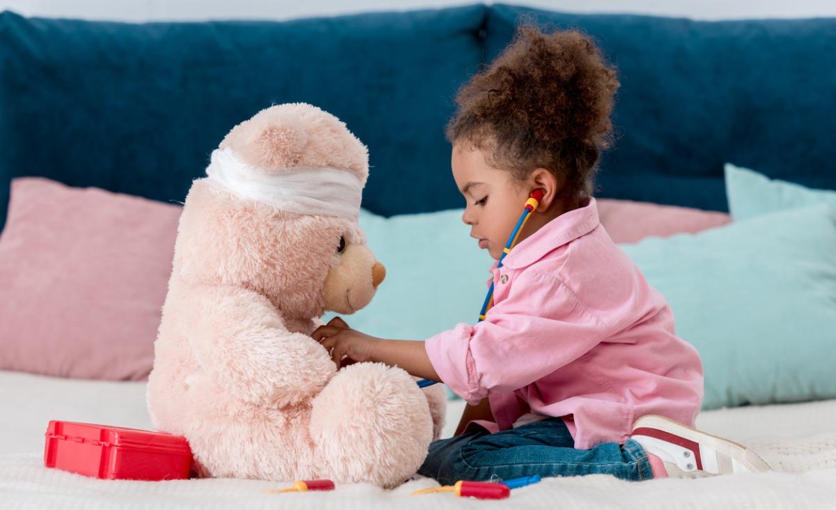 Dlaczego swobodna zabawa jest tak ważna w rozwoju dziecka?