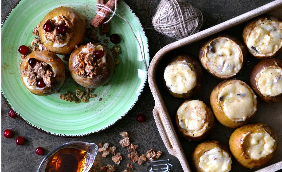 Wspomnienia z dzieciństwa - przepis na pieczone jabłka i gorącą czekoladę