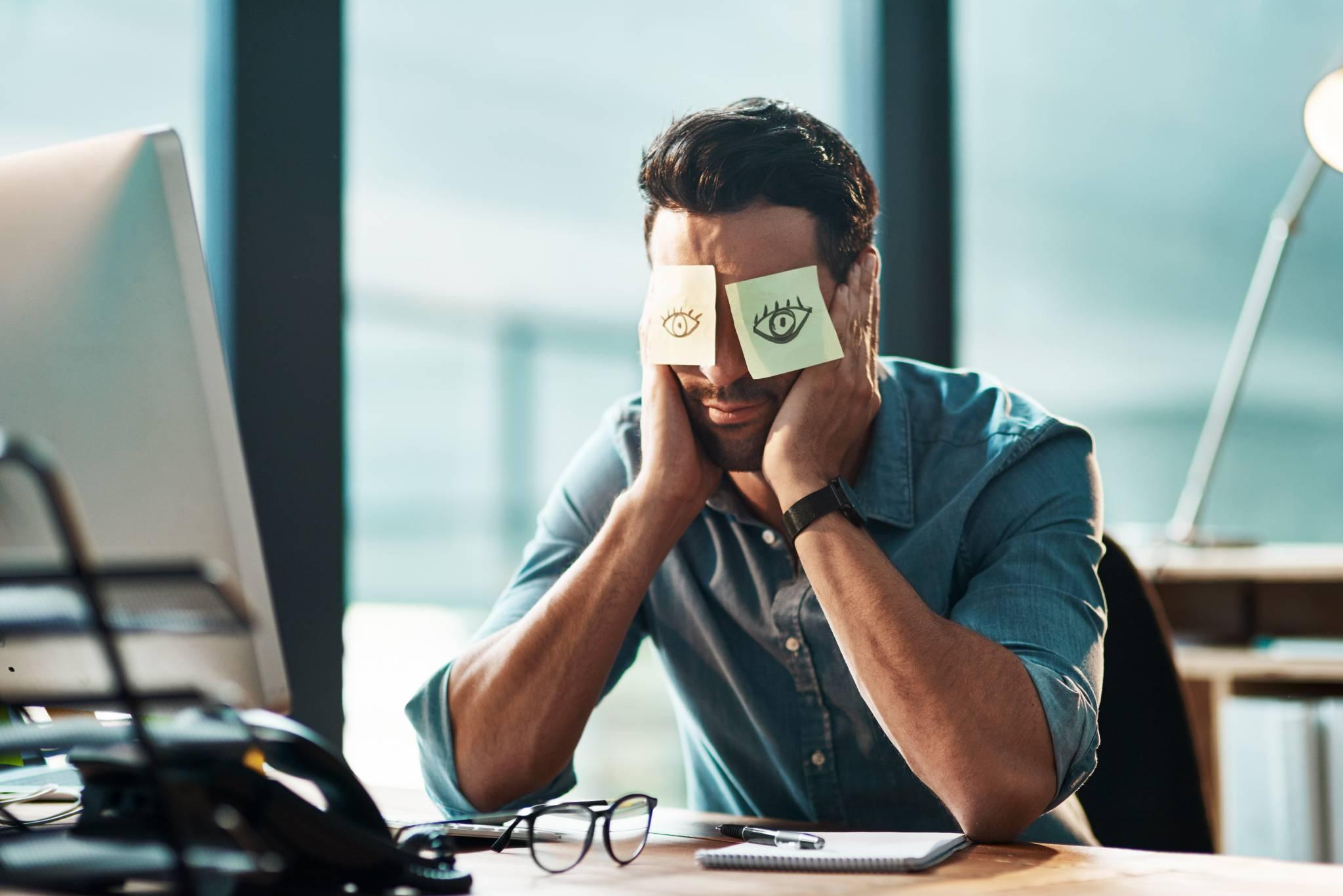 Zdrowa relacja z pracą - jak uchronić się przed wypaleniem zawodowym?