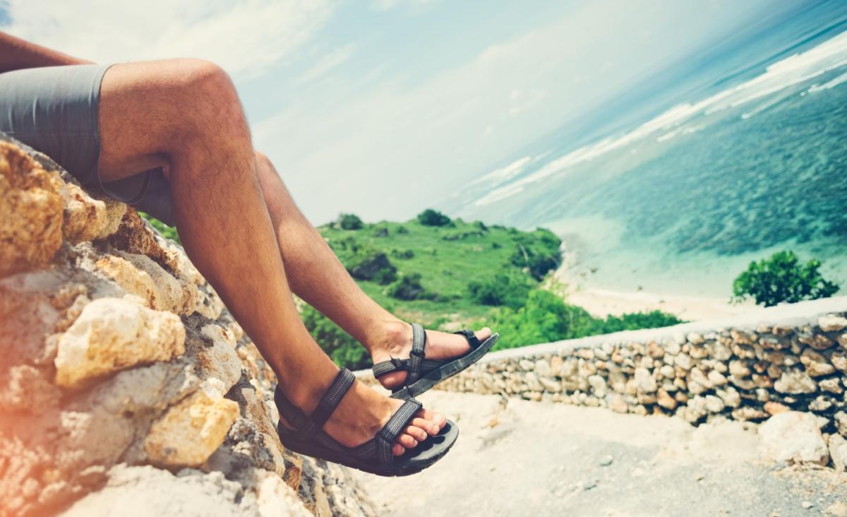 Jakie sandały męskie najlepiej sprawdzą się podczas upalnego lata?