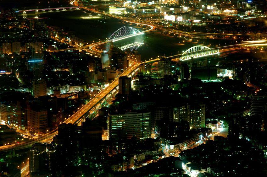 Mniej oświetlenia w miastach