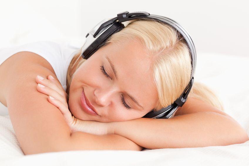 Co koi słuchanie muzyki?