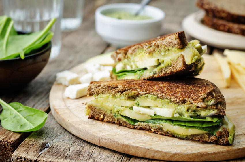 Zielona kanapka na drugie śniadanie