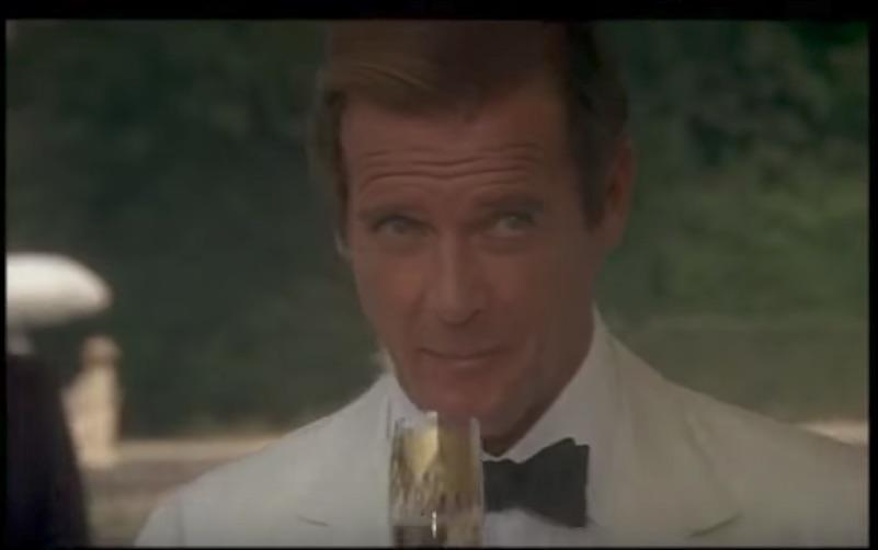 Pożegnanie z Bondem