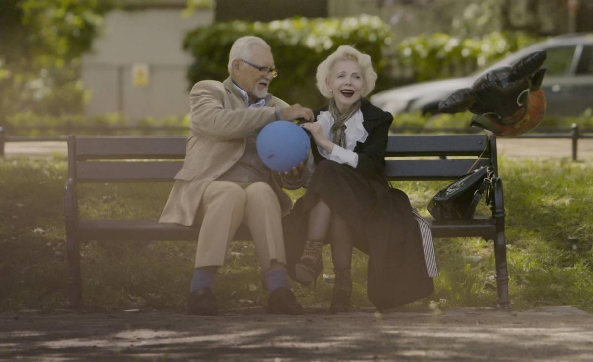 """""""Lekcja miłości"""" - historia o odwadze i radości życia"""