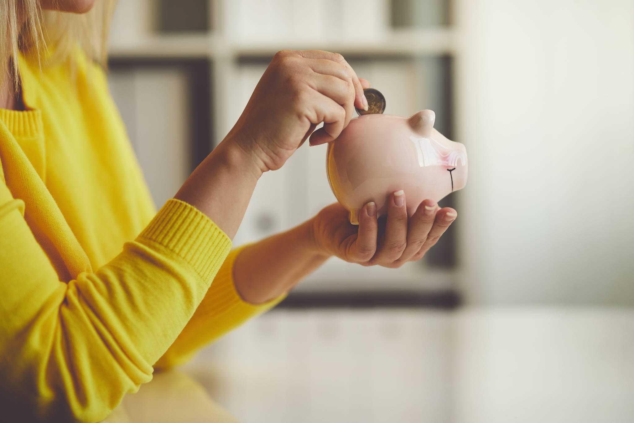 Światowy Dzień Oszczędności: 5 rad jak oszczędzać pieniądze