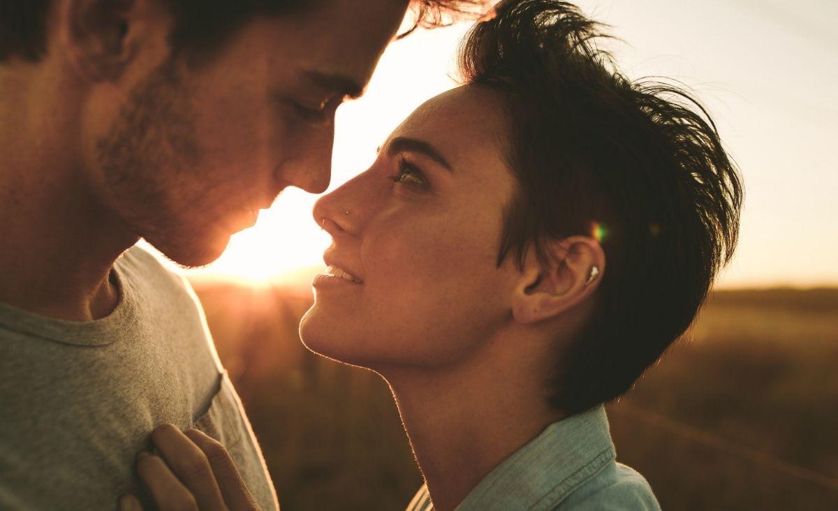Relacje są jak lustra – w drugiej osobie możemy zobaczyć nieznane aspekty siebie