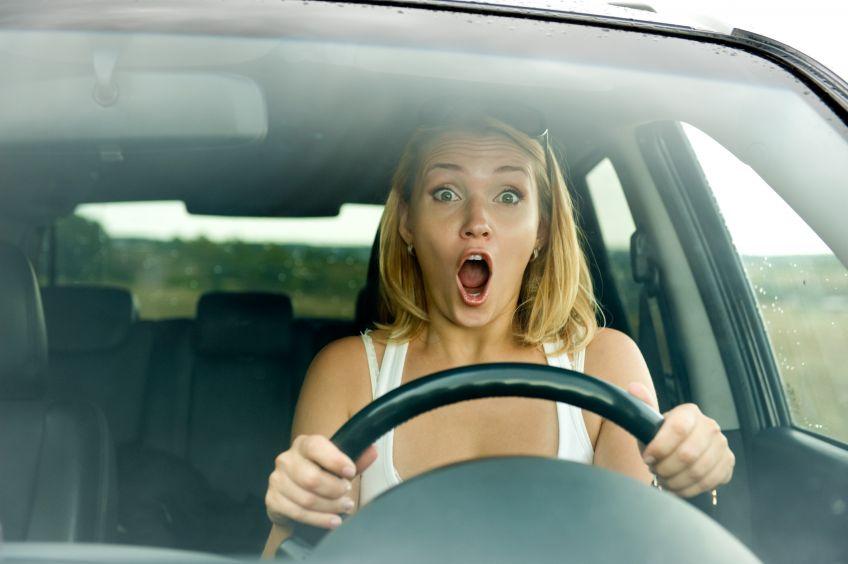 Kobieta za kierownicą – Mity i rzeczywistość