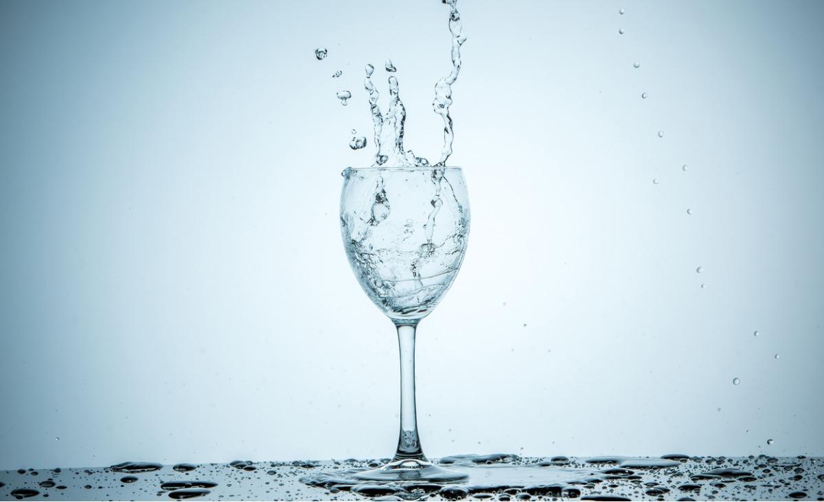 Woda to życie. Dlaczego picie wody jest tak ważne?