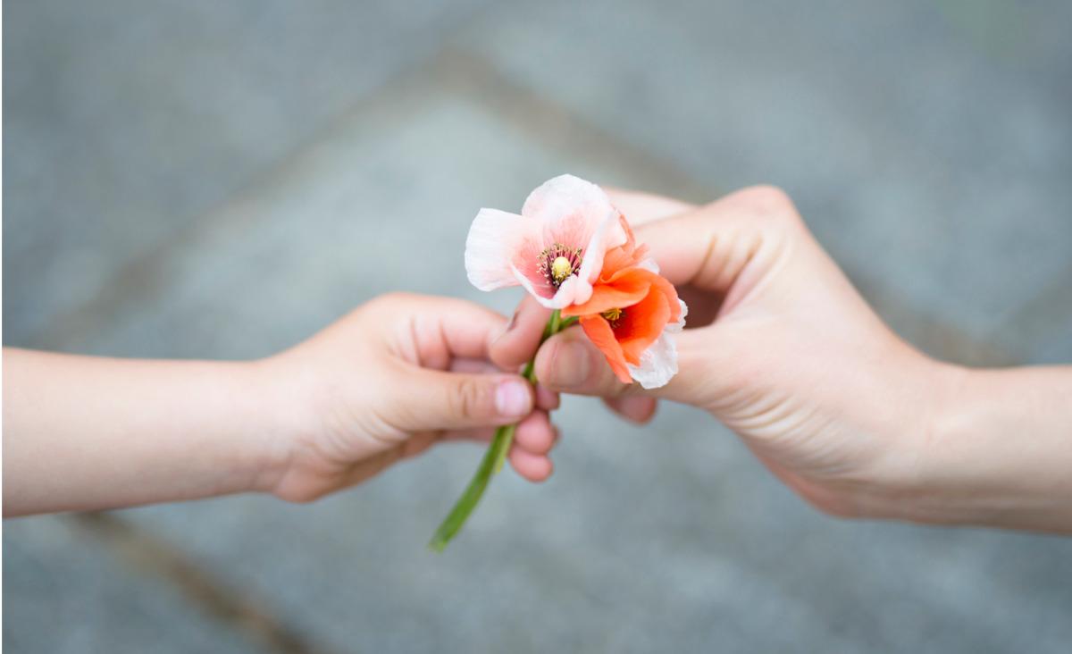 Bezinteresowna dobroć wywołuje poczucie spełnienia - podziel się sobą