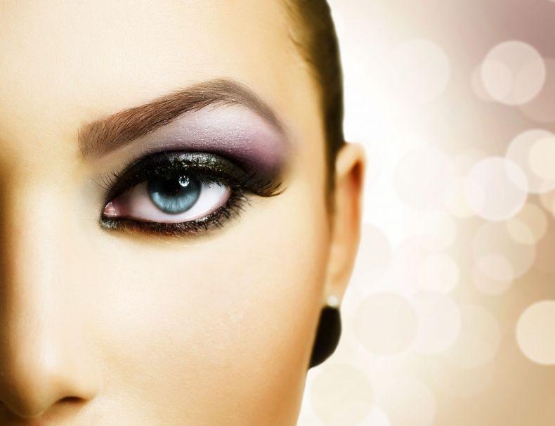 Smoky eyes-makijaż dla uwodzicielki