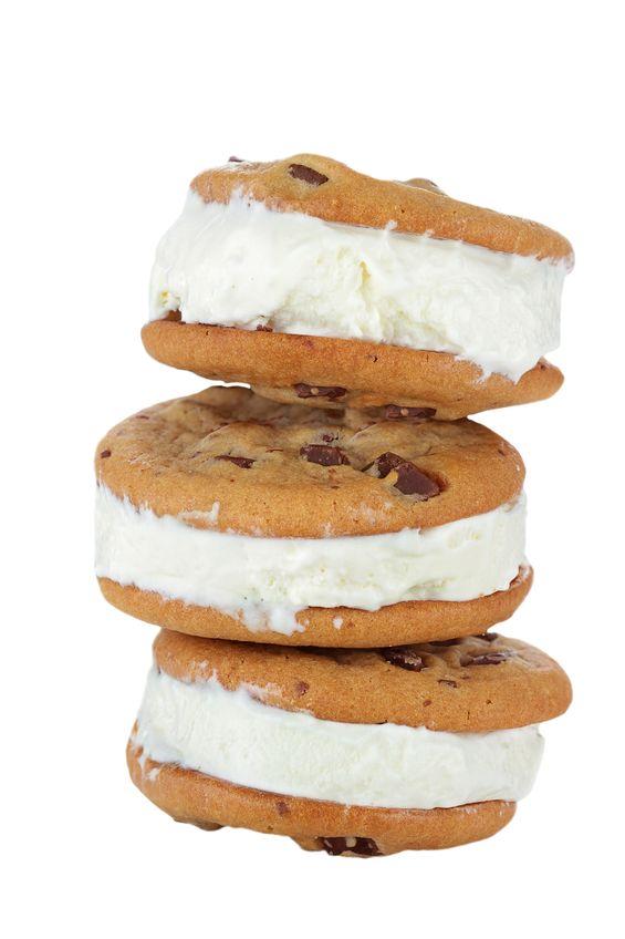 Lodowa kanapka z cookies