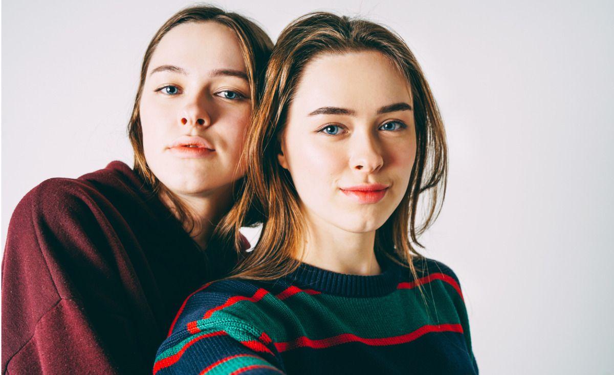 Toksyczne rodzeństwo - jak naprawić relacje w dorosłym życiu?