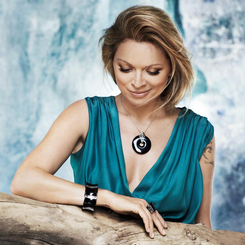 Autorska biżuteria Anny Marii Jopek w W.Kruku