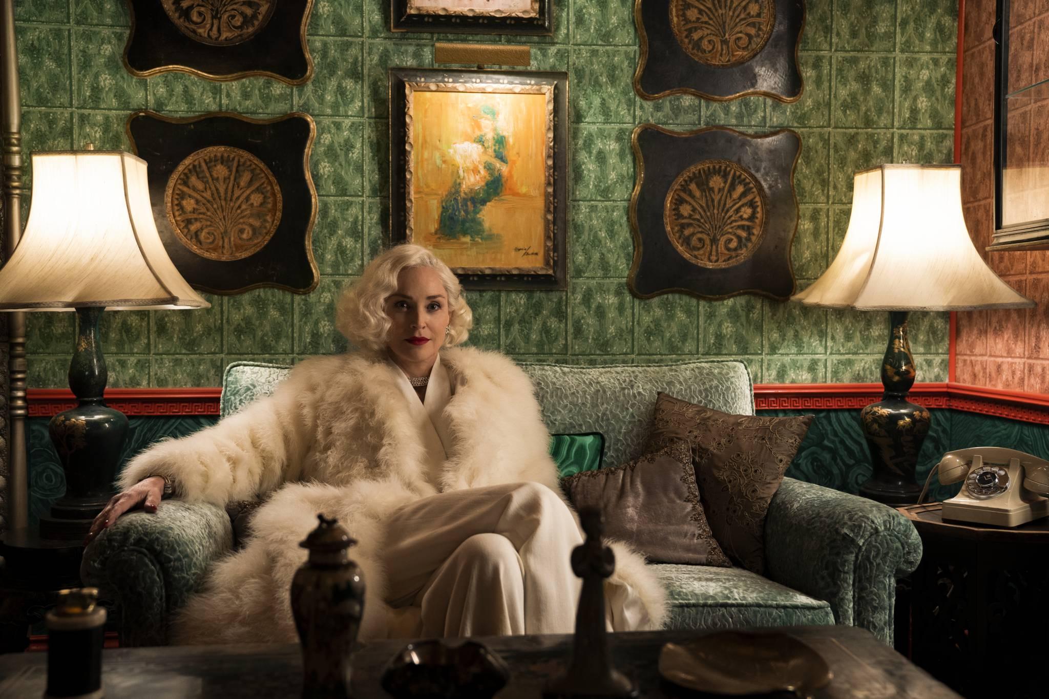 """O sile kobiet, kondycji branży filmowej i nowym serialu """"Ratched"""" rozmawiamy z Cynthią Nixon i Sharon Stone"""