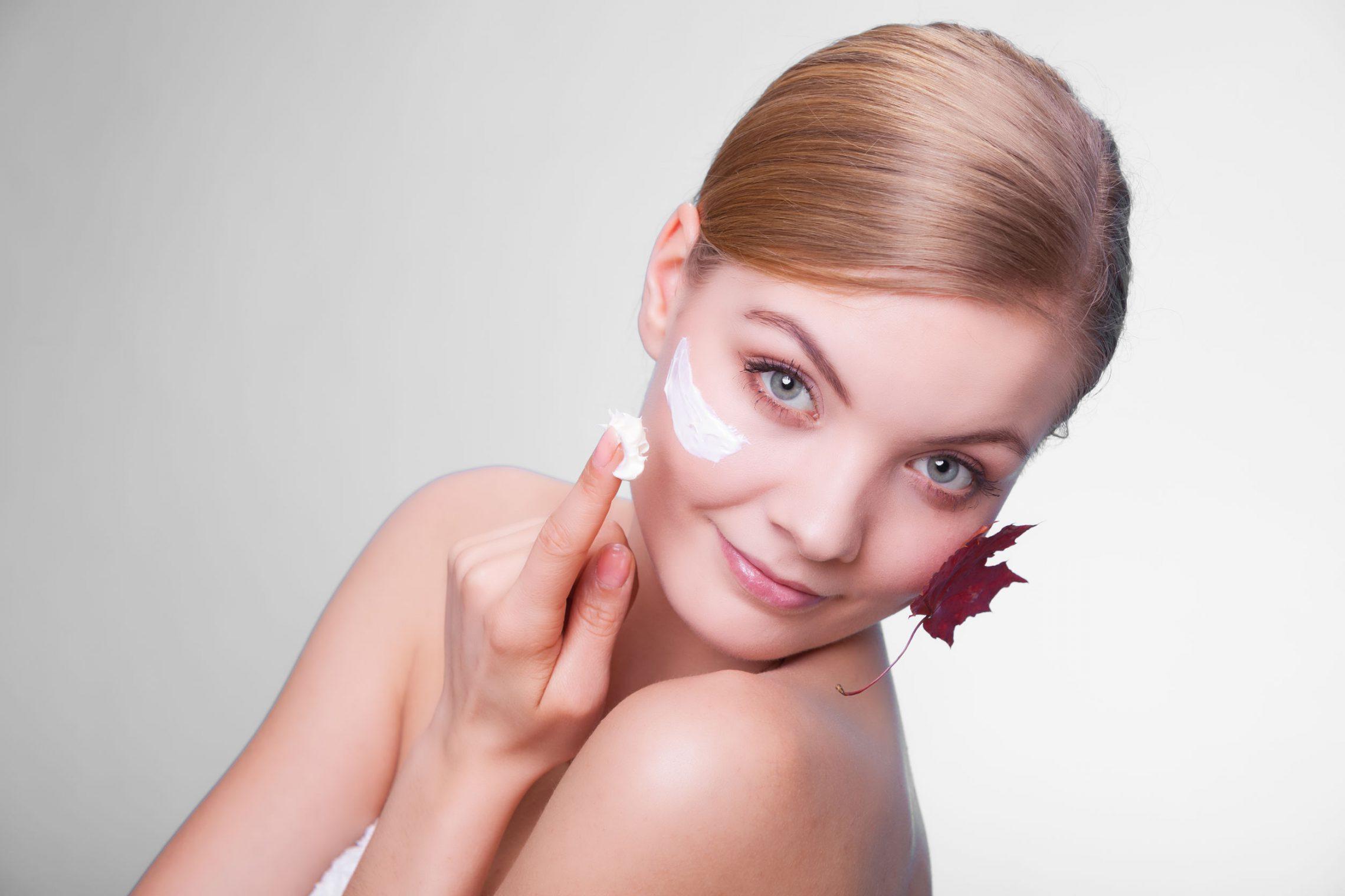 4 sposoby na odnowę skóry po lecie