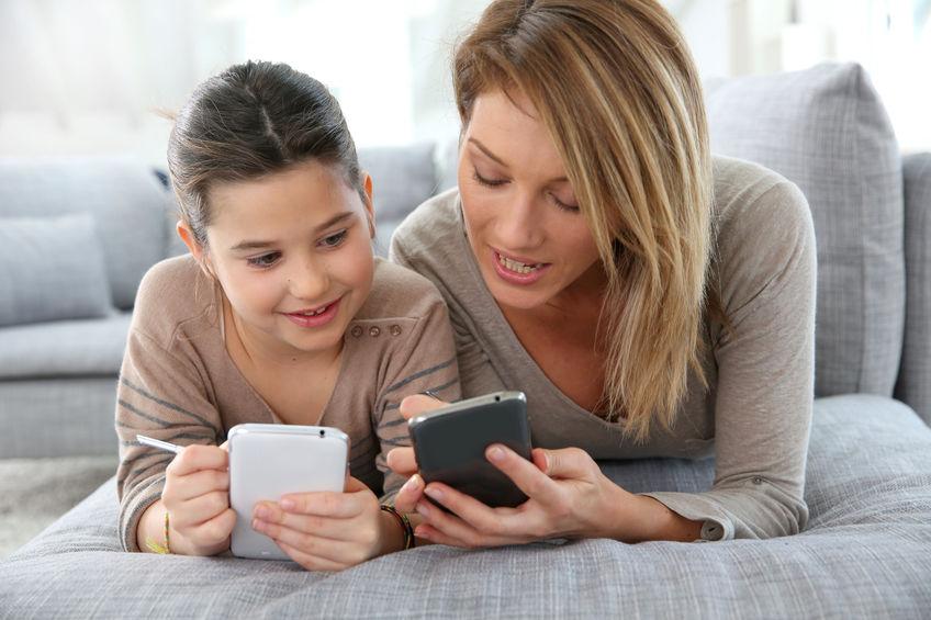 Dziecko na bezpiecznych zakupach online