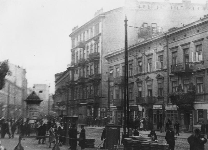 2-fot-l-jarumski-nac_warszawa-ulica-zamenhofa-w-1931-roku