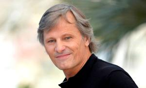 2020/12/viggo-mortensen-sami-swoi-Untitled-design-2020-12-11T201736.176.png