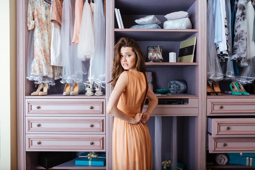 Szafa idealna: jak zrobić rozsądnie porządek w ubraniach?