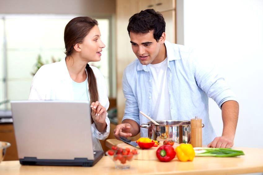 Kobieta wyzwolona i domator - jak się rozwijać w związku, kiedy się różnimy