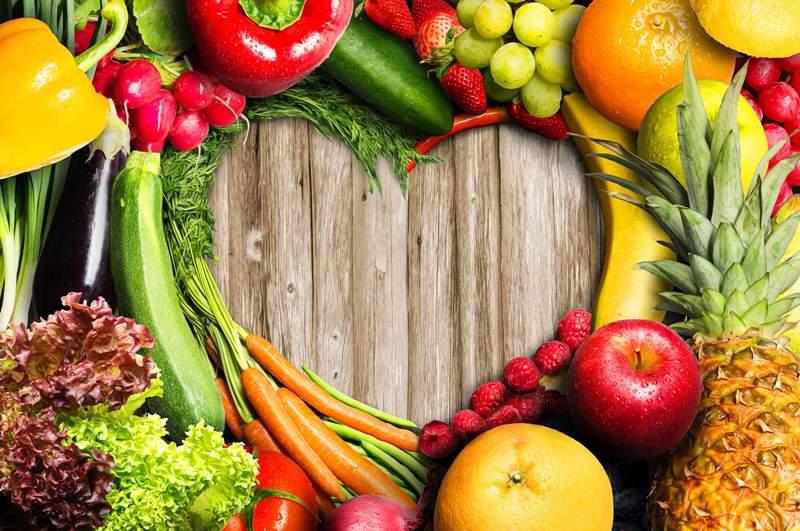 Mięso i owoce: kilka pomysłów jak wzbogacić polską kuchnię egzotycznymi owocami