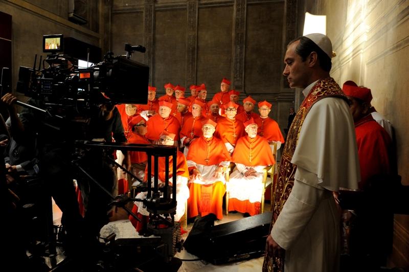 Jude Law: Flirtując z papieżem