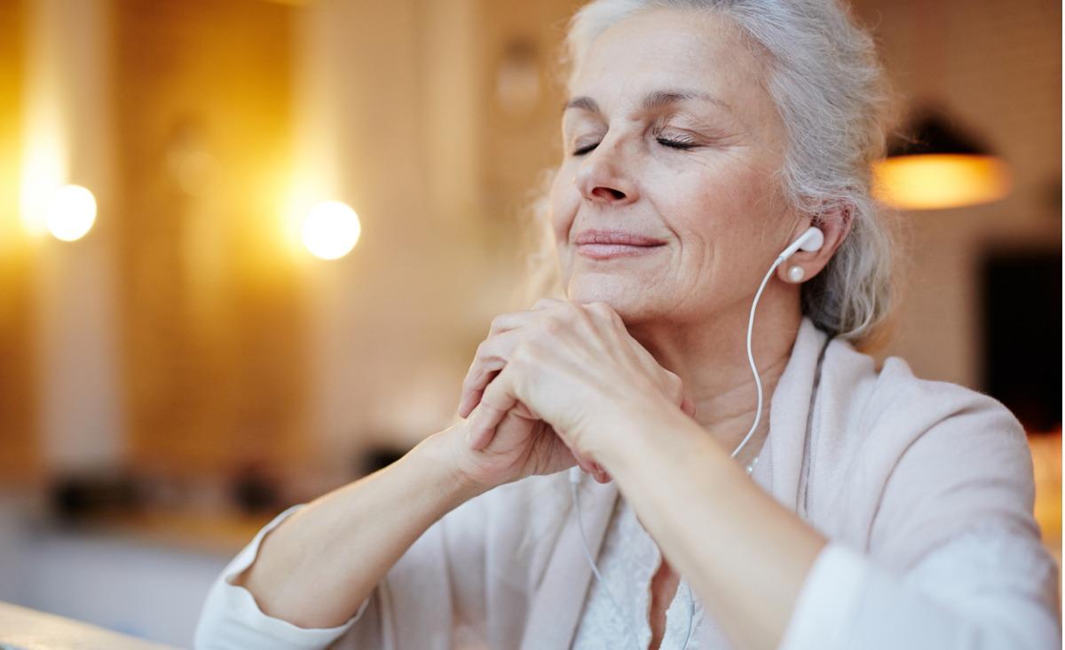 Śpiewaj, mrucz, bucz... Jak wibracje z dźwięku uwalniają napięcia w ciele