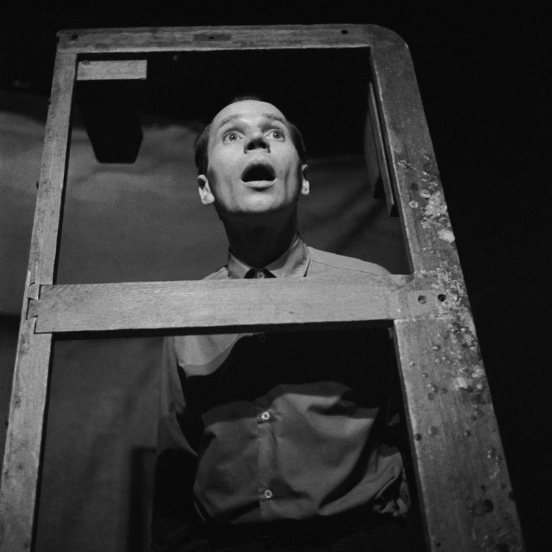 Luty 1962. Miron Białoszewski w spektaklu Kordian w Teatrze Osobnym