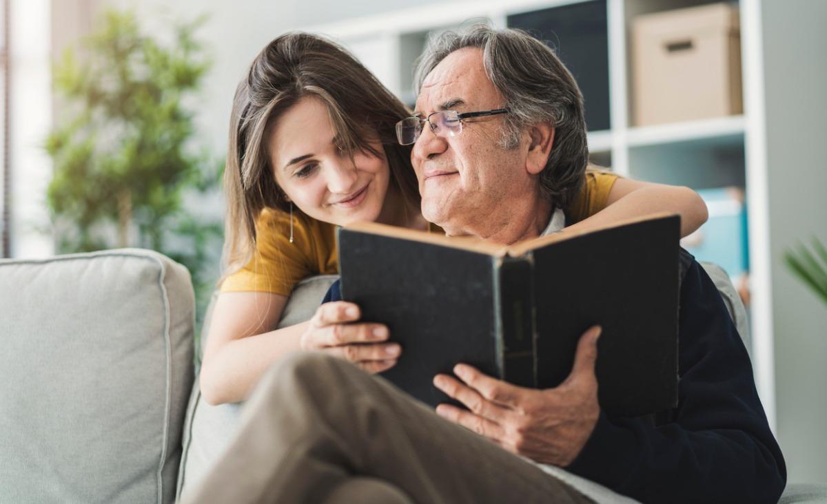 Znów pod jednym dachem - relacje dorosłych dzieci z rodzicami