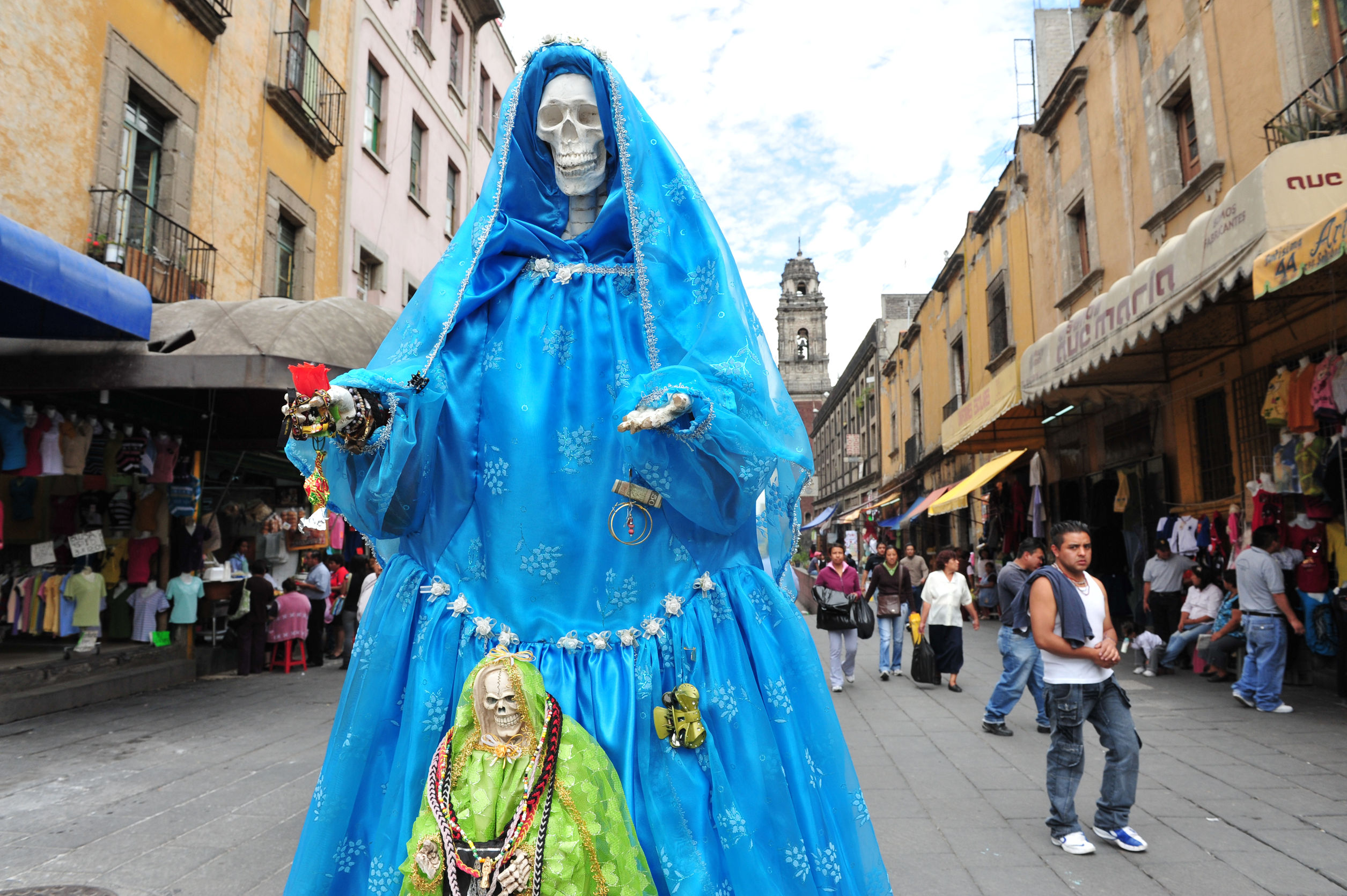 46257424 - mexico city - feb 23:santa muerte in mexico city.santa muerte (spanish for our lady of the holy death), is a female folk saint venerated primarily in mexico and the southwestern united states.