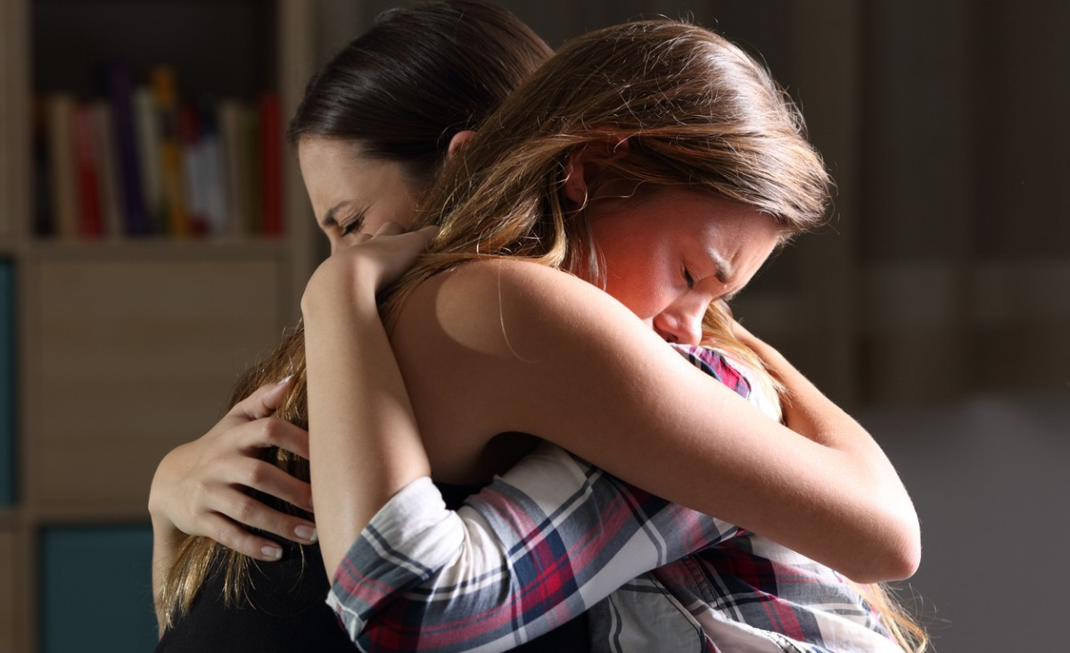 Nastoletnia smuga cienia - jak radzić sobie z depresją córki lub syna?