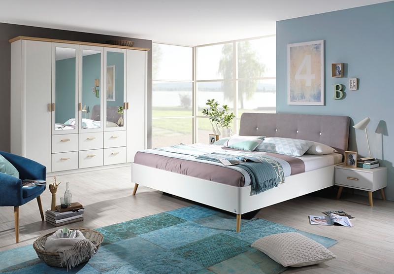 Jak urządzić sypialnię Twoich marzeń?