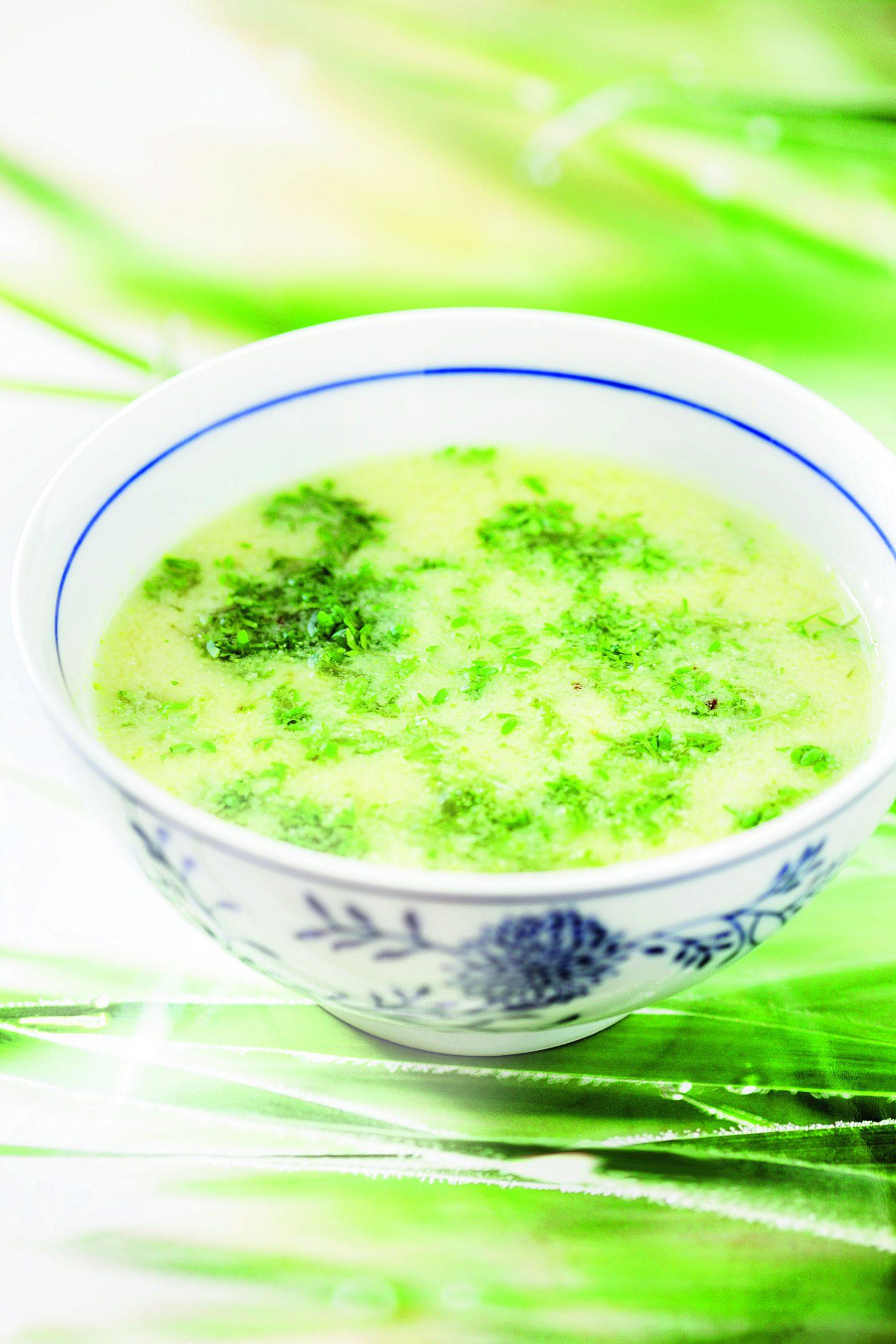 Zupa chrzanowa z rzeżuchą