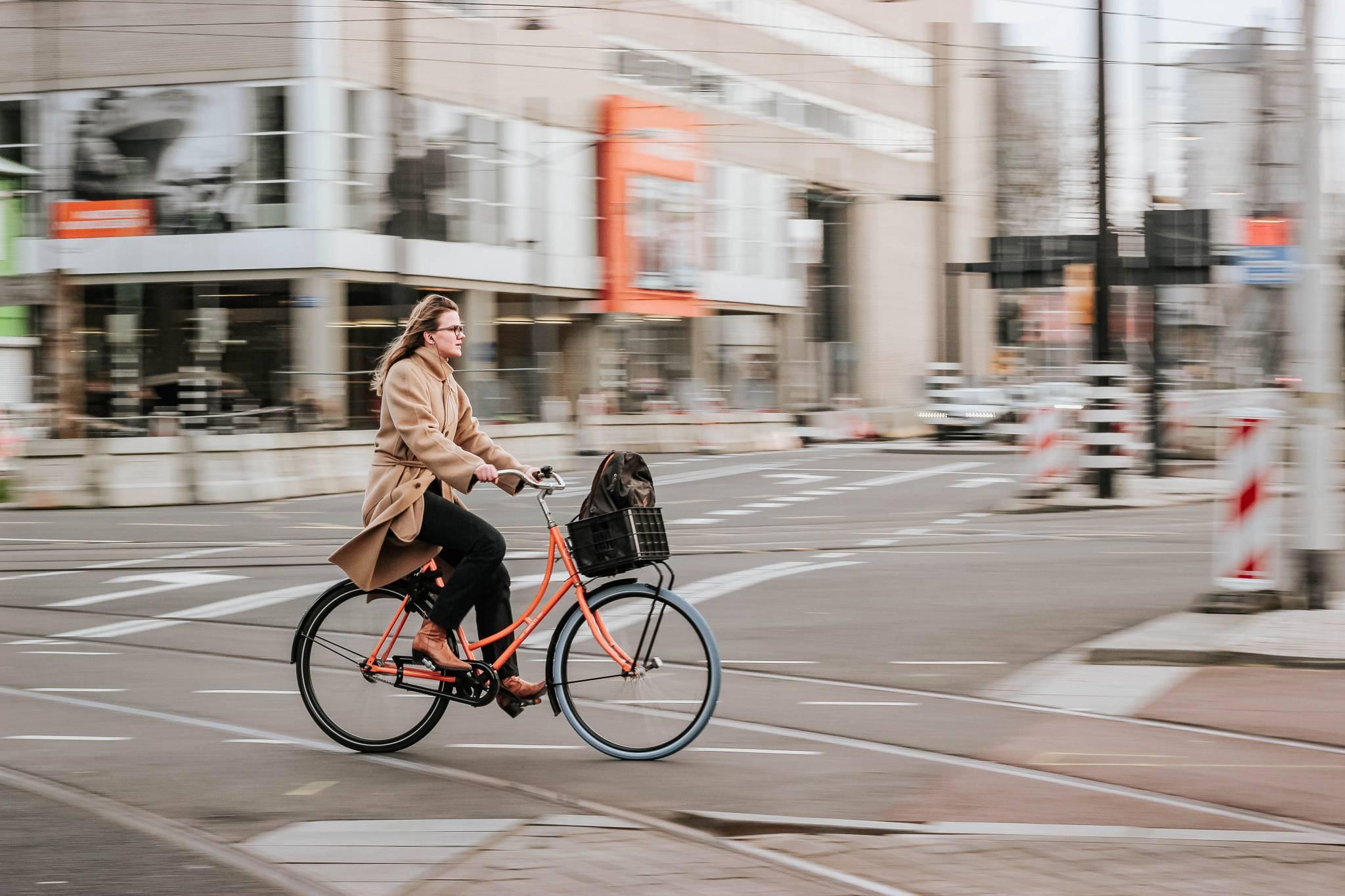Ekologicznie i zdrowo, czyli dlaczego warto uczynić rower swoim środkiem transportu
