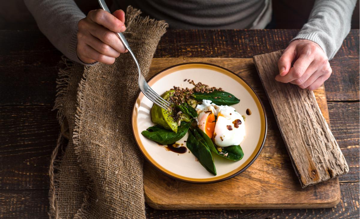 Dobre śniadanie to podstawa - przykłady do naśladowania i do wykreślenia z jadłospisu
