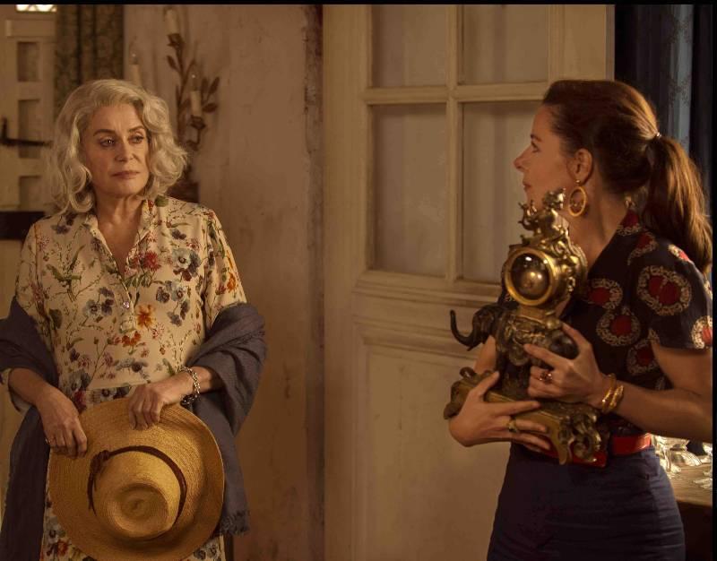 """Catherine Deneuve w nowym filmie """"Pamiątki Claire Darling"""""""