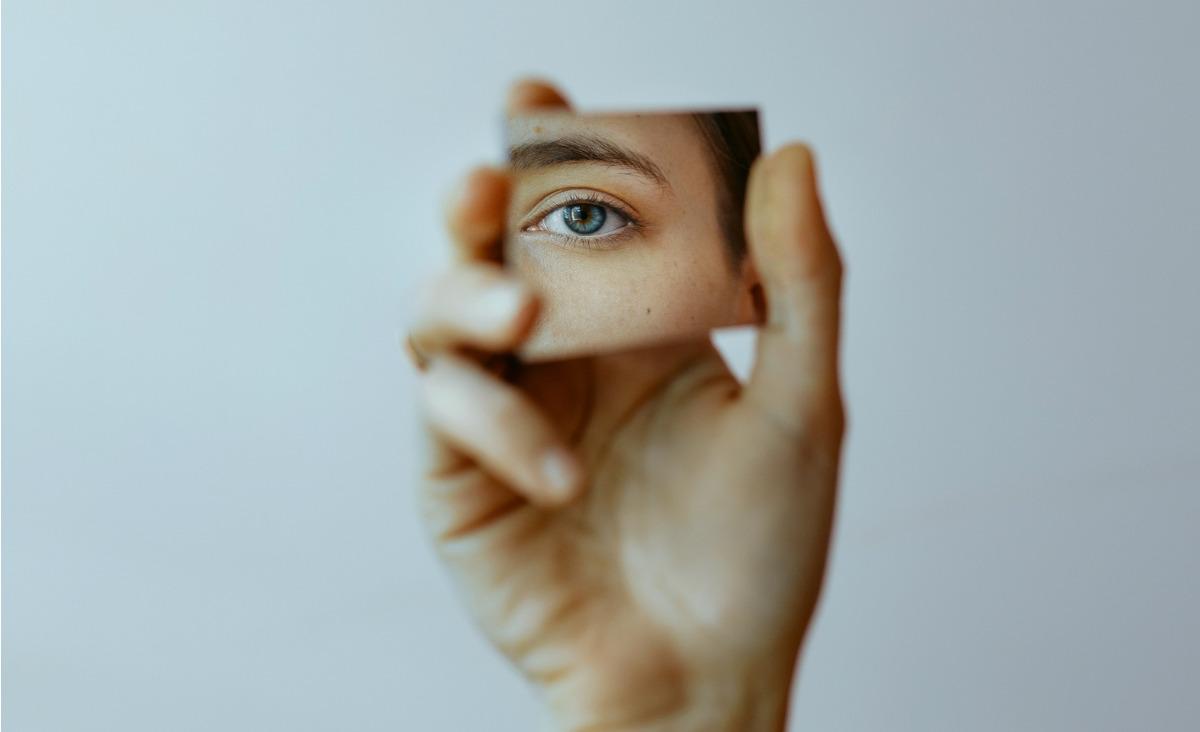 Zachwiana samoocena. Jak pracować nad niepewną oceną siebie?