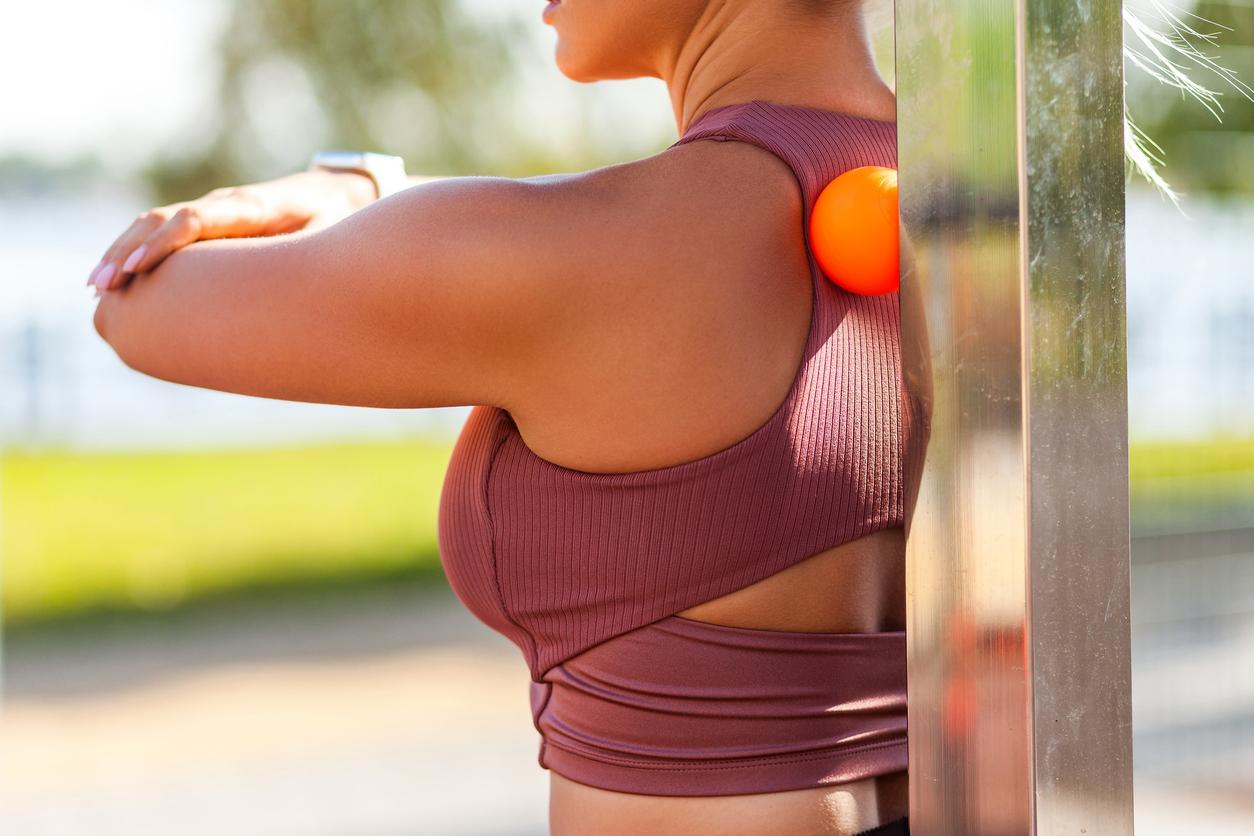 Migreny, bóle brzucha, bóle pleców. Jak uleczyć ból masażem?