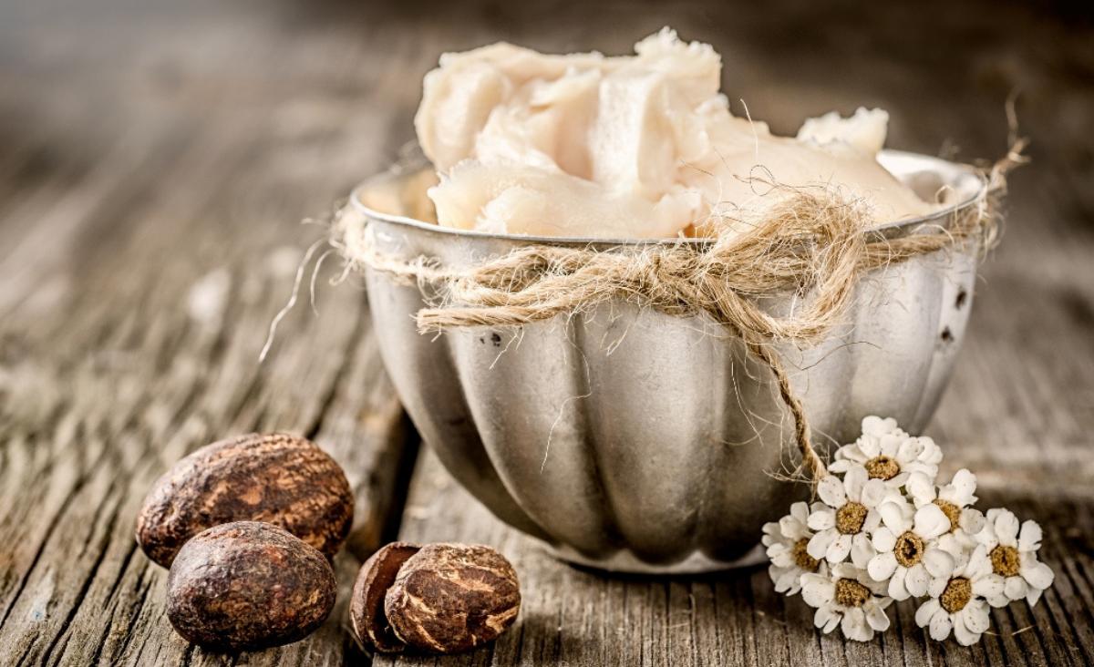 Masło shea i jego niesamowity wpływ na skórę i włosy