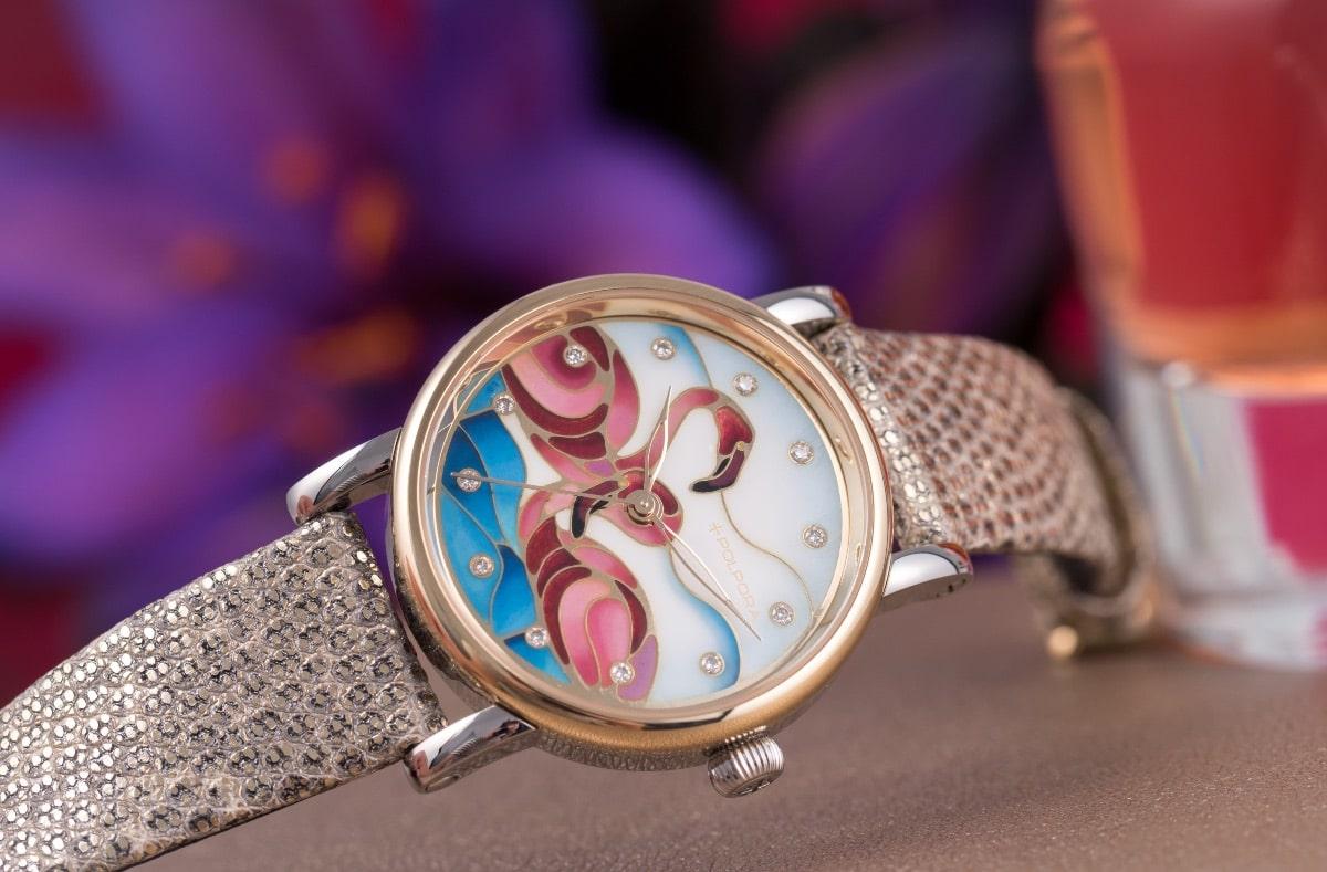 Polpora Flaming. Tarcza tego zegarka wykonywana jest ręcznie skomplikowaną techniką emalierską - wykonanie 1 sztuki zajmuje 14 dni. (Fot. materiały prasowe)