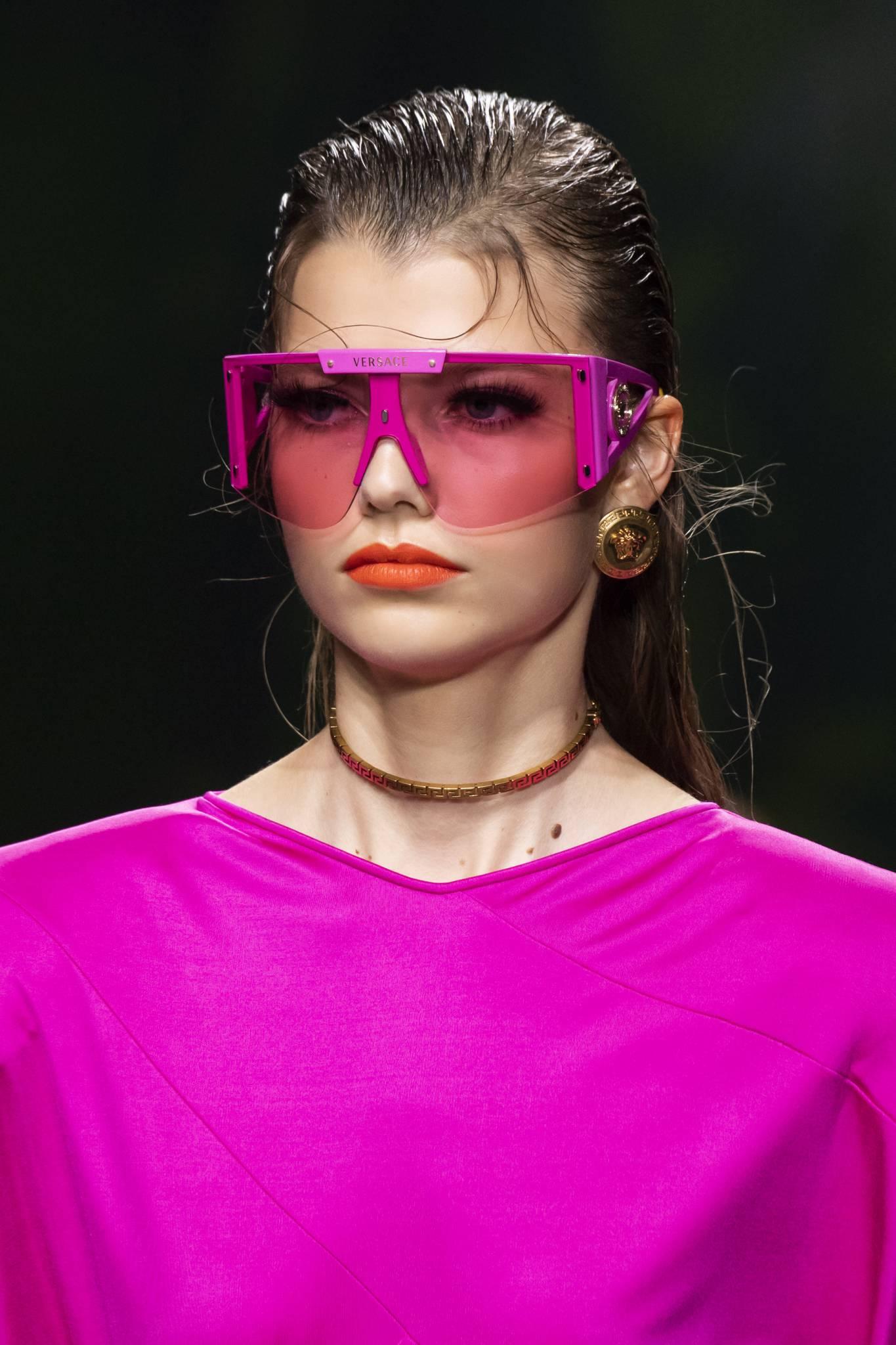 Okulary przeciwsłoneczne, przeciwwirusowe. Nowości sezonu wiosna-lato 2020