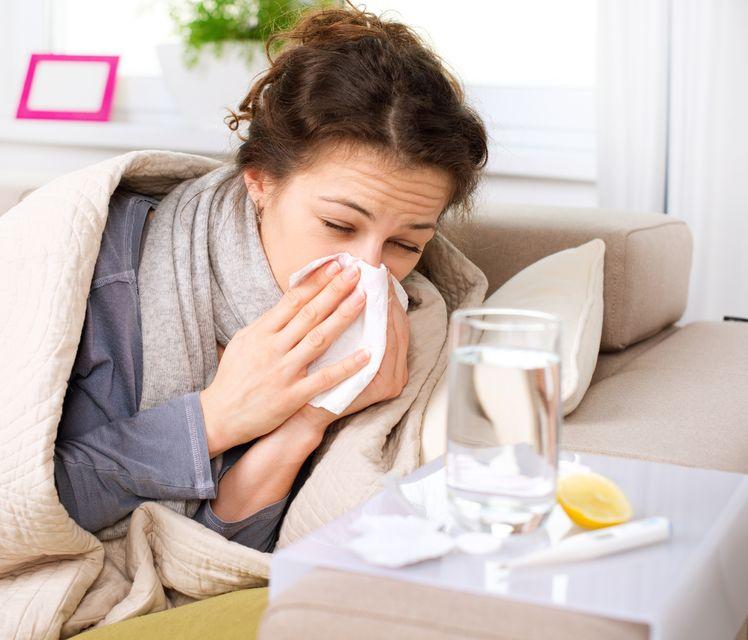 Jak odróżnić infekcje od zwykłego przeziębienia?