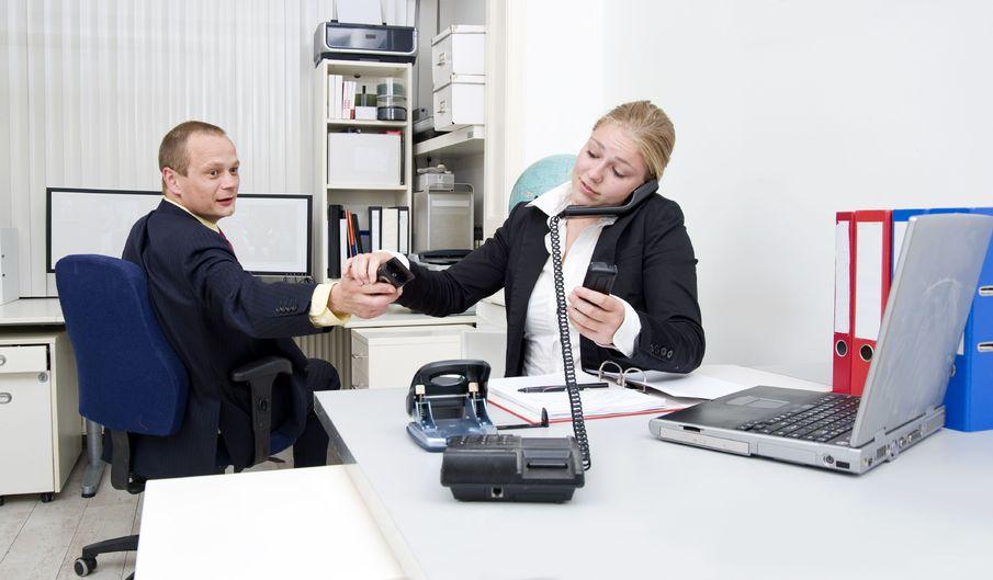 """""""Multitasking"""" negatywnie wpływa na pracę mózgu"""