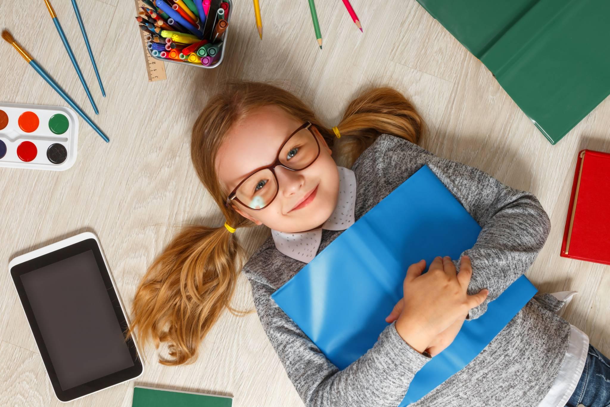 Powrót do szkoły - jak zachęcić dziecko do nauki po wakacjach?