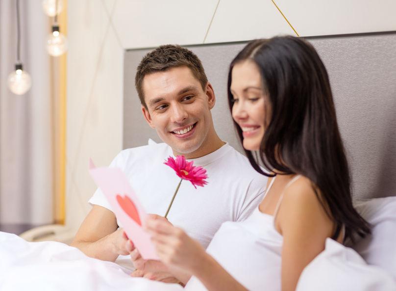 Masz dość bycia singlem? Zobacz, co musi zniknąć z twojej sypialni!