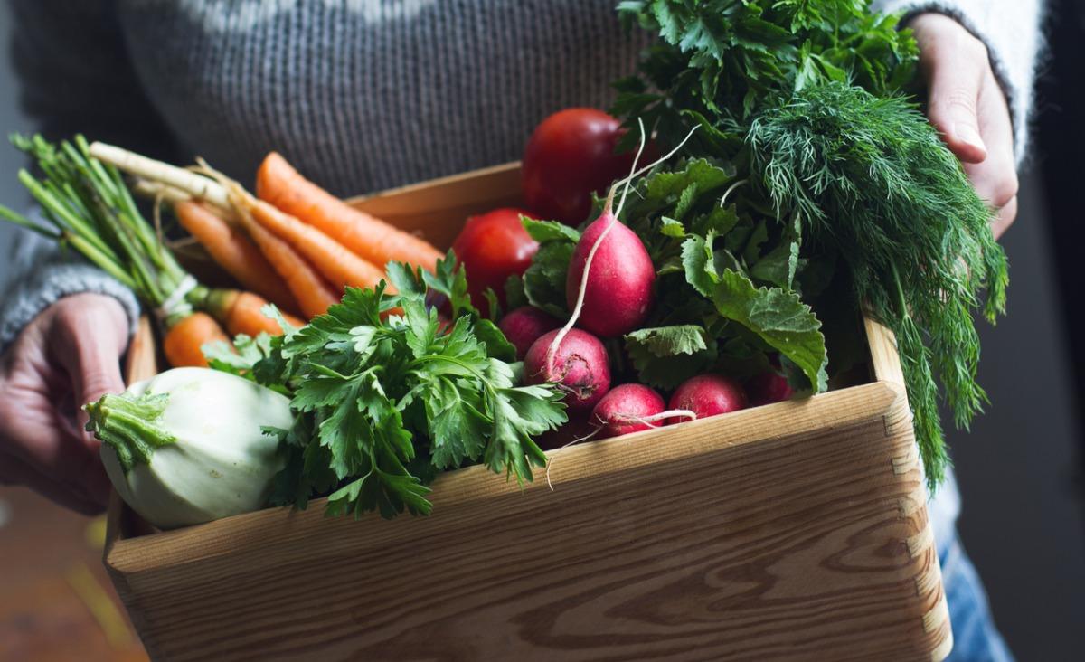 Jedz, co masz pod ręką - czy kupowanie i jedzenie lokalnych produktów to nowa moda?